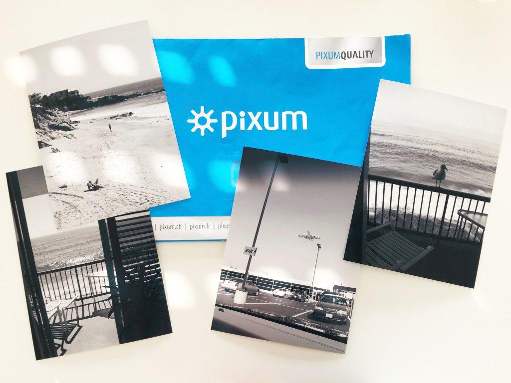 Pixum Fotoabzüge mit Umschlag.