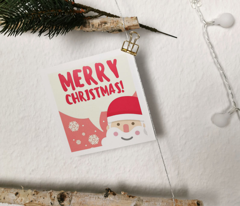 DIY Weihnachtsbaum aus Holz-Ästen und Fotos