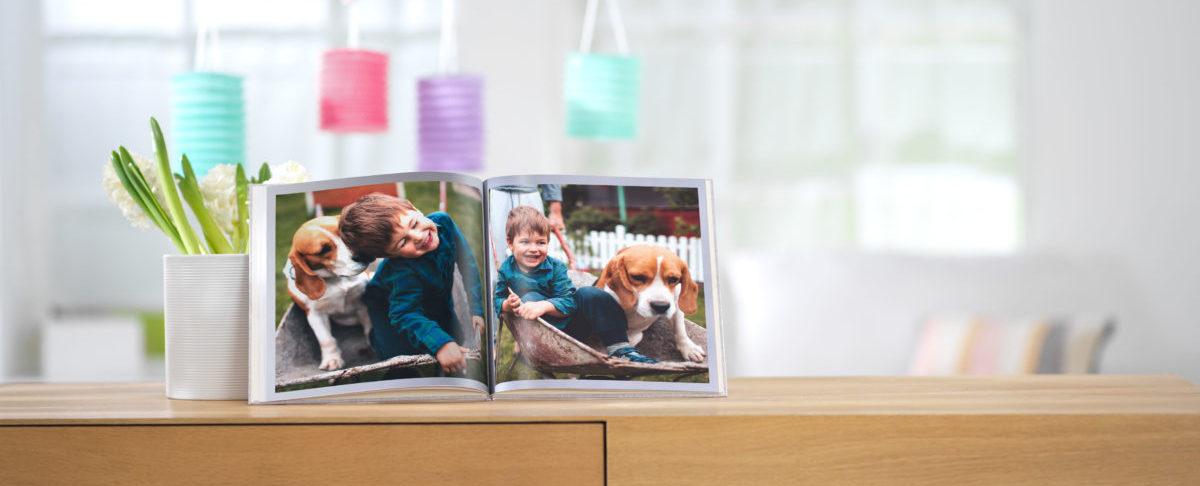 Pixum Fotobuch mit Kind und Hund